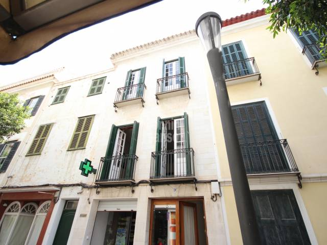 First floor house in Mahon, very close to the city centre