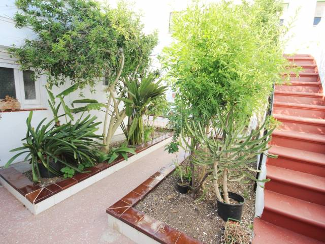 Casa con patio con mucho encanto en Mahón