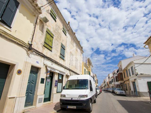 First floor house close to the centre of Mahon, Mneorca
