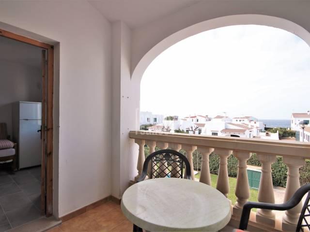First floor apartment with sea views in Cala Blanca, Ciutadella, Menorca