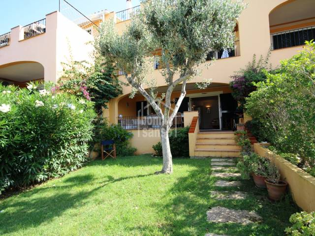 Wonderful ground floor apartement with private garden on the south coast of Menorca.