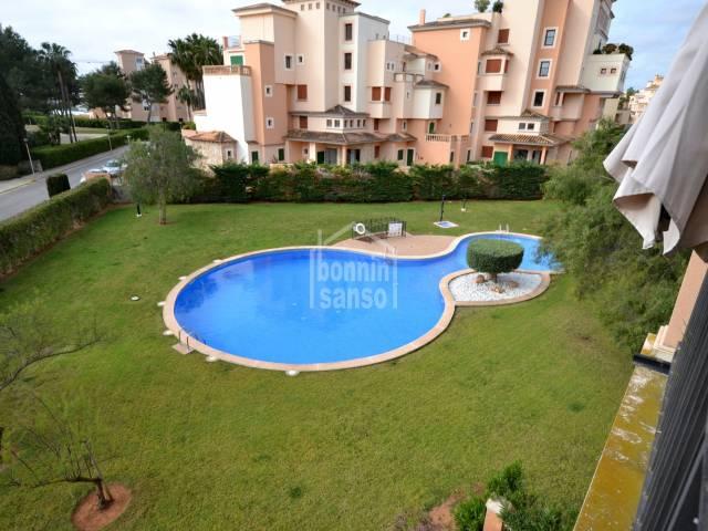 Apartamento con piscina en Sa Coma, Mallorca