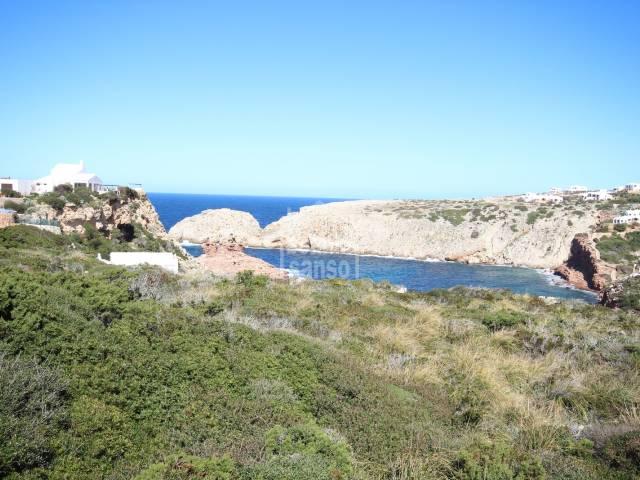 Beautiful plot above the beach of Cala Morell, Ciutadella, Menorca