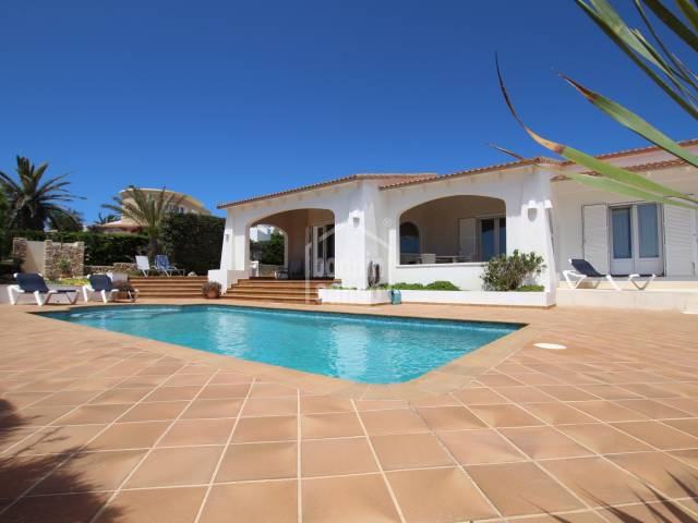 Beautifully maintained villa on front line in Salgar Menorca