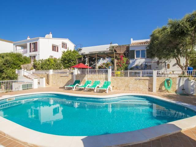 Chalet con piscina en Cala Galdana, Menorca