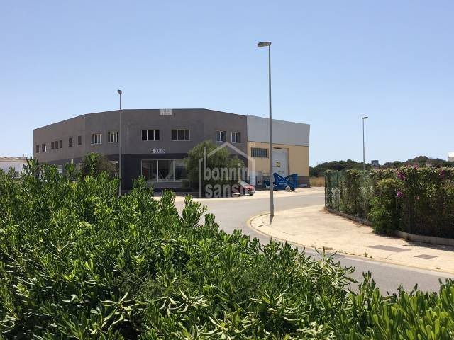 Industrial premises in the Industrial estate of Mahon in Menorca.