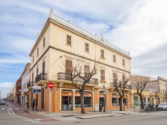 Espectacular esquina en Ciutadella, Menorca