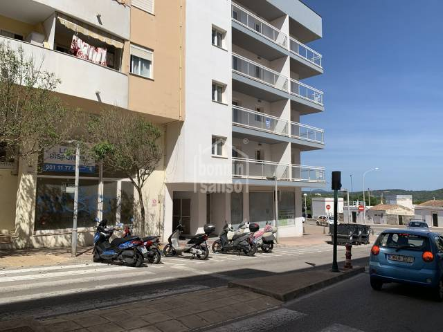 Local comercial en zona residencial de Mahón, Menorca