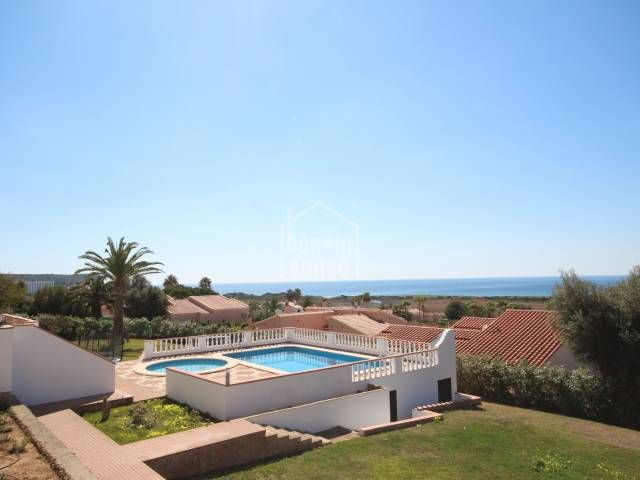 Apartment with incredible sea views in Torre Solí Nou
