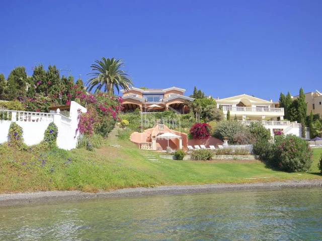 Villa in one of the most sought after situations in Menorca