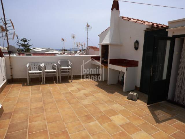 Attractive apartment with independent access from the street. Salgar. Menroca