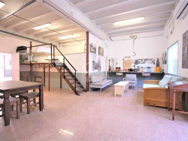 Garage with loft area a few meters from the old town, Ciutadella, Menorca