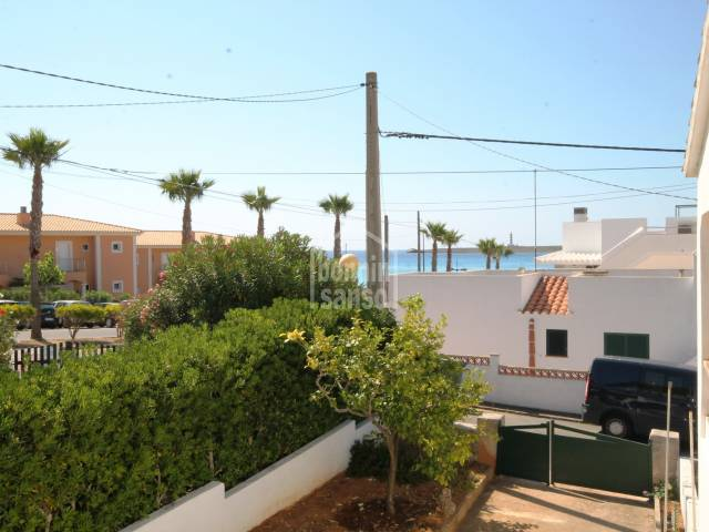 Pretty house within walking distance of Punta Prima beach, Menorca