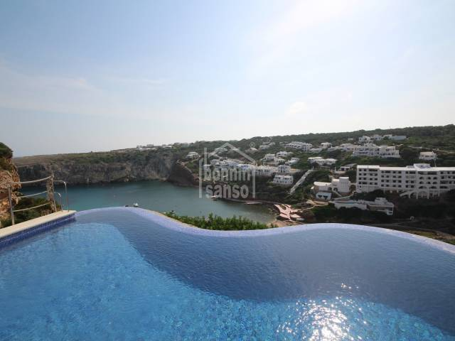 Precioso chalet reformado con vistas al mar sito en Cala Morell, Ciutadella, Menorca