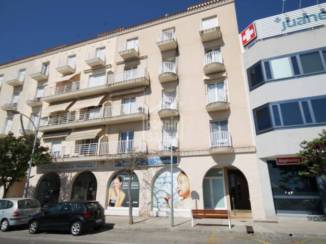 Impressive 4 bedroom duplex apartment in Mahon