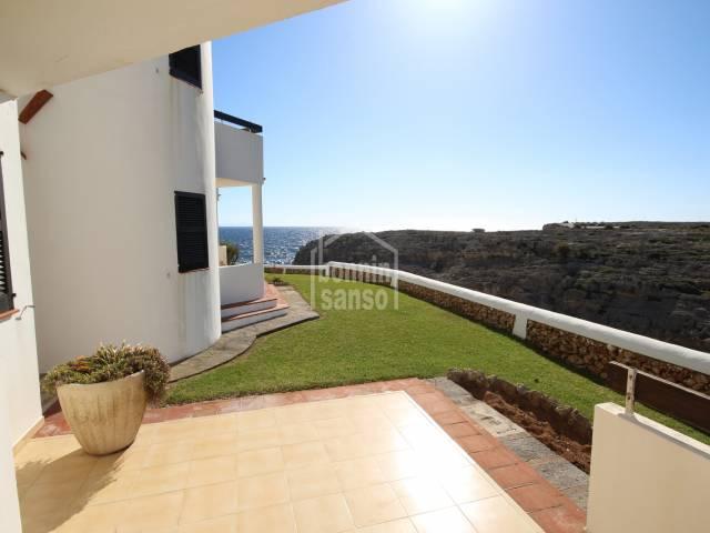 Appartement avec vue sur la mer à Los Delfines, Ciutadella, Minorque