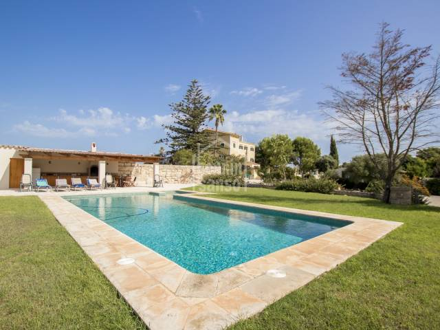 Beautiful country property with 5 hectares in the middle of Es Castell, Menorca