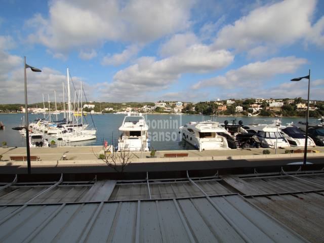 Flat of 1st floor of Mahon harbour, Menorca with allocated parking space and communal pool.