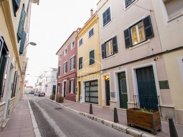 Town property with large terrace in the center of Mahon. Menorca