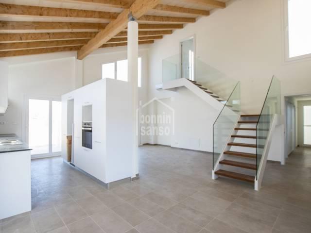 Avantgardistische Villa mit Meer-Blick in Coves Noves, Menorca
