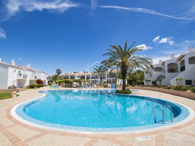 Schönes Apartment in Green Park Village, Son Parc, Menorca