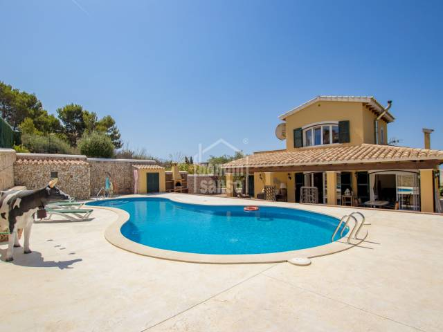 Elegant property with panoramic views over the beach of Son Bou, Menorca