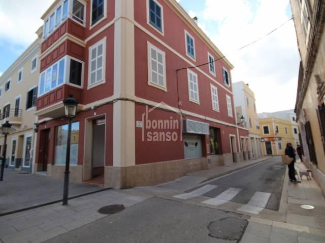 Inmejorable local comercial en el centro de Ciutadella, Menorca