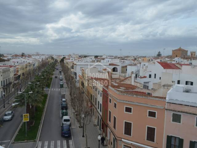 Spacious and centrally located apartment in Ciutadella, Menorca