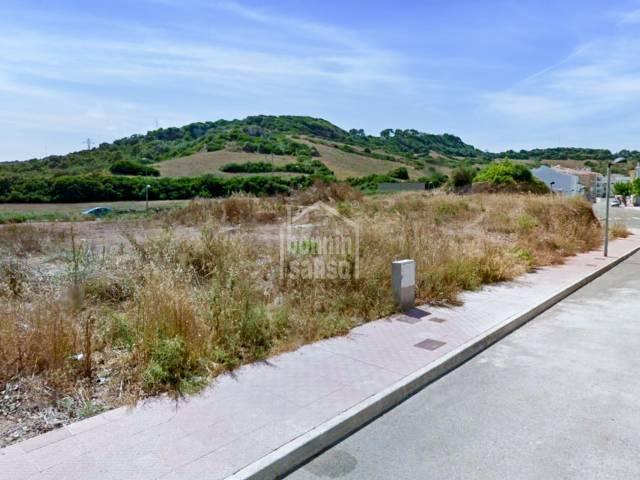 Solar edificable en zona residencial de Ferreries, Menorca