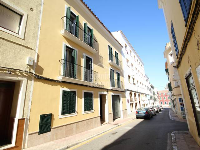 Impeccable duplex in the center of Mahon, Menorca