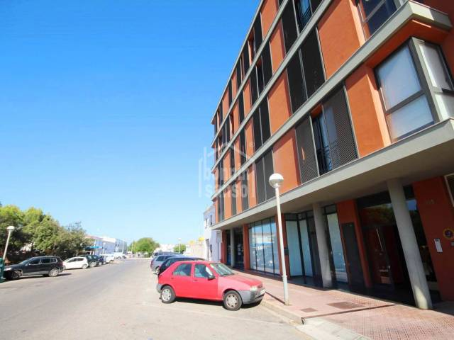 Modern and attractive apartment in a residential area of Mahon,