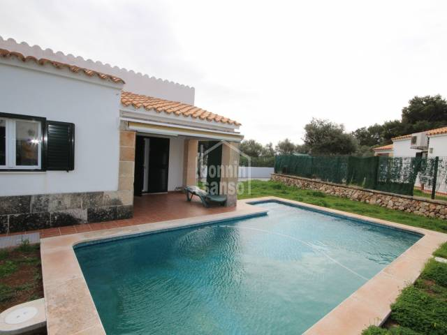 Villa with TOURIST LICENSE in Calan Blanes, Ciutadella, Menorca.