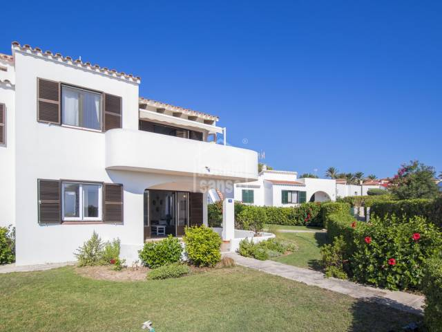 Pretty ground floor apartment with sea views in Salgar, Menorca.
