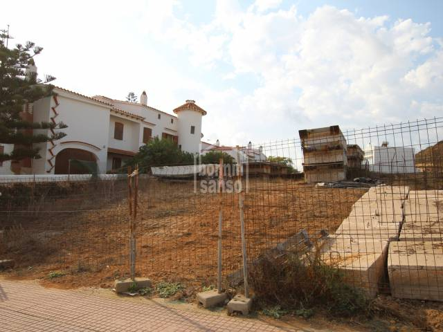 Building plot in the centre of the beautiful fishing town of Fornells, Menorca