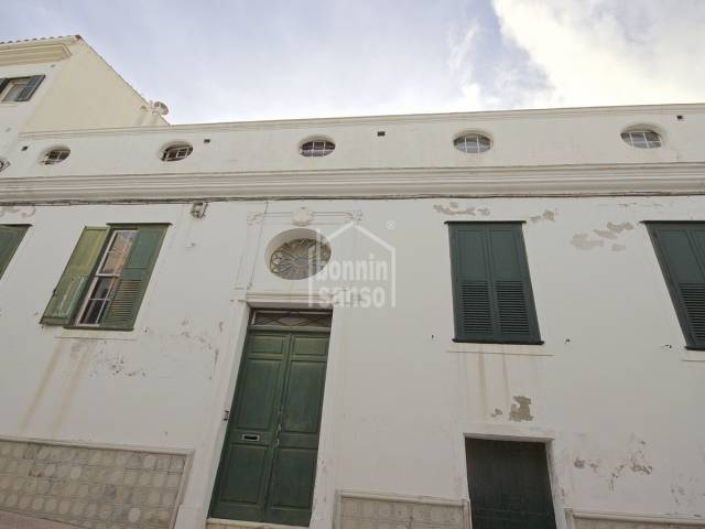 Stately Menorcan house with original features, in Mahon