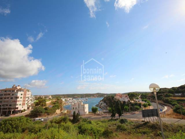 Building plot located in a residential area of Mahon