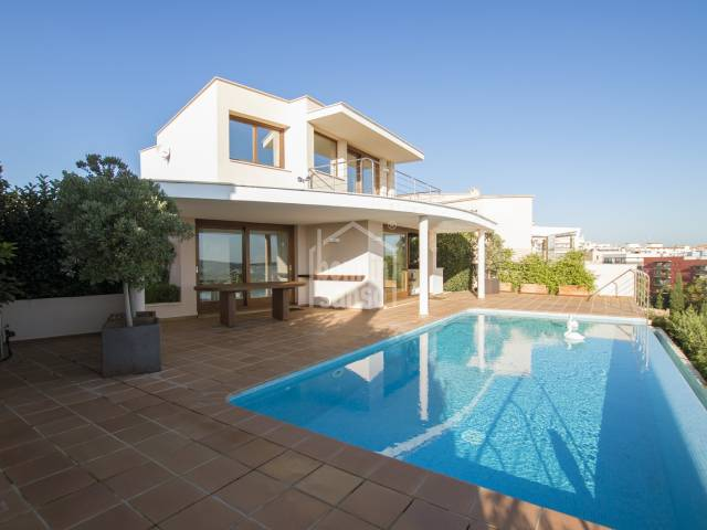 Villa with superb harbour views in Mahon, Menorca
