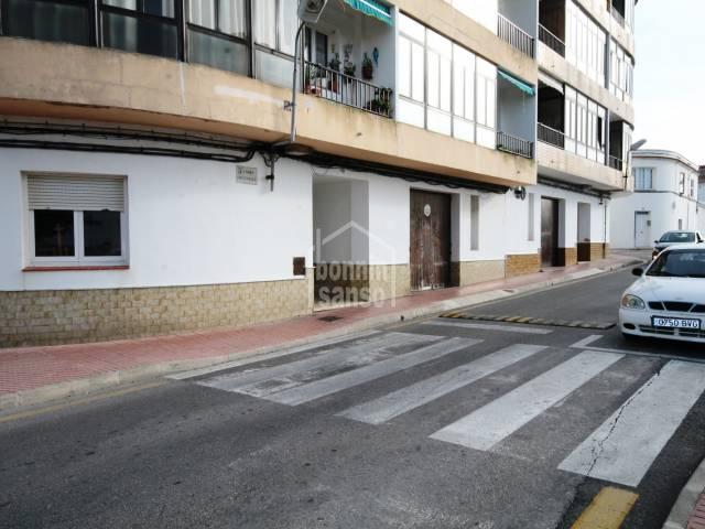 Commercial Premises/Garage/parking/Garage/parking in Es Castell (Town)
