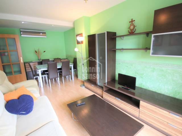 dining living room - Apartment with two bedrooms and two bathrooms and lift in area with maximum services. Ciutadella, Menorca.