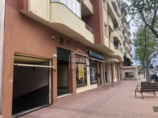 Plaza de parking en Fort De L'Eau, Mahón