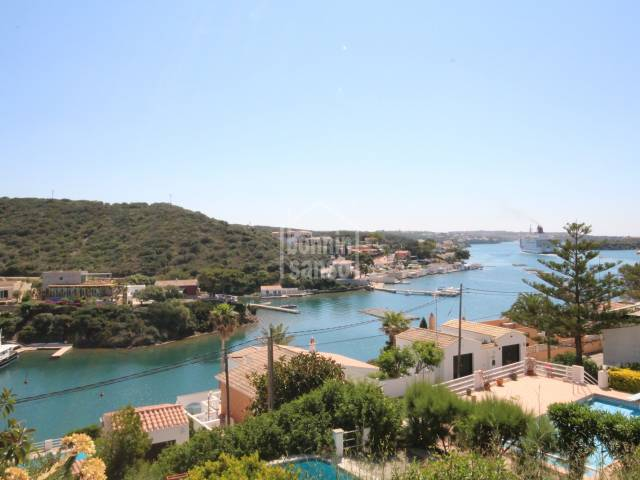 Views - Second line with exceptional views over the Port of Mahon