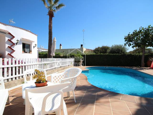 Private villa with swimming pool in Son Carrio