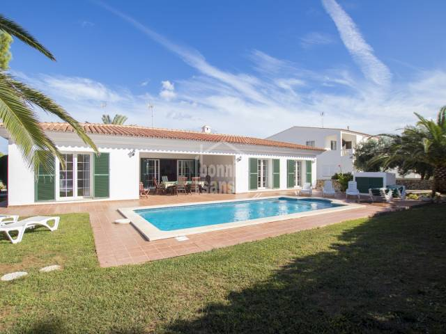 Attractive corner villa walking distance from the beach of Arenal Menorca