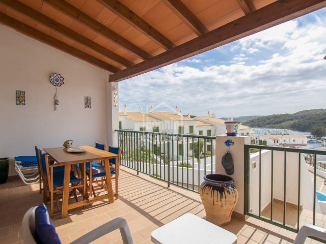 Immaculate first floor apartment with sea views, Addaya, Menorca
