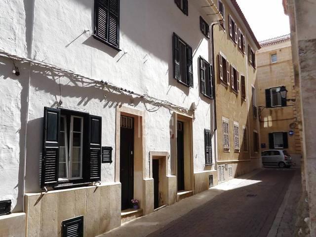 En Alayor , Menorca, interesante casa de pueblo con muchas posibilidades.
