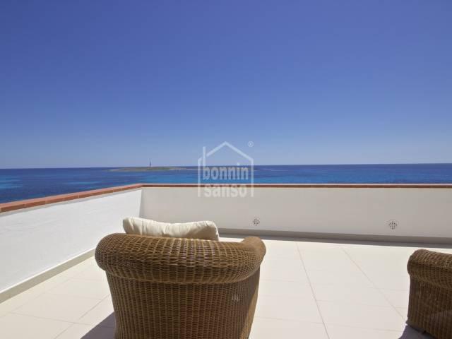 Una propiedad única en Punta Prima con impresionantes vistas al mar