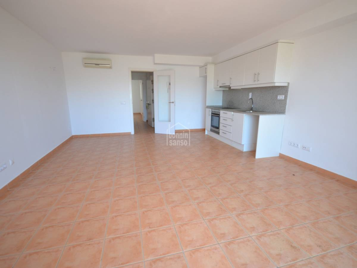 Buy first floor flat in the port of ciutadella 31436 for Flat floor