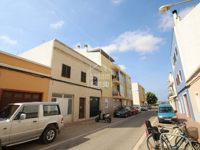 Piso con garaje en sótano en Ciutadella