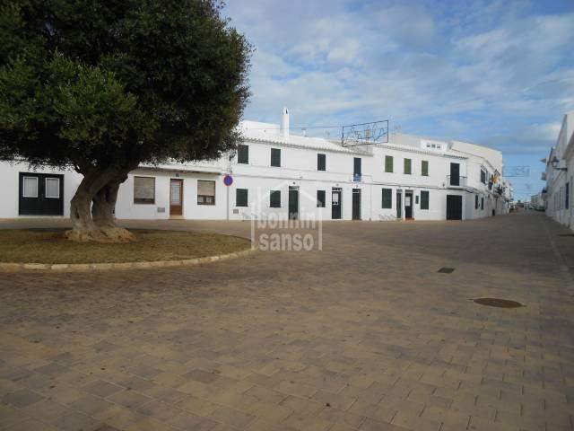 EN FORNELLS, ANTIGUA CASA DE PUEBLO CON CARACTER,MENORCA