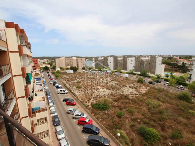 Apartment with parking space and storage, Mahon, Menorca.